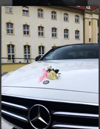Przewóz Mercedesem do ślubu